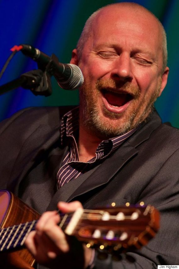 Colin Vearncombe onstage © 2015 Jim Higham