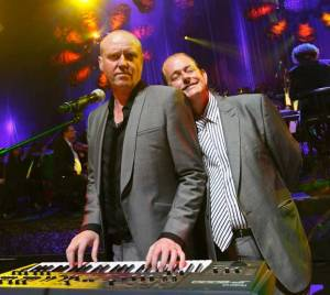 Glenn Gregory plays the synth as Martyn Ware blisses out