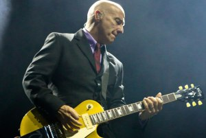It's officially happening - we see Midge Ure in two weeks…