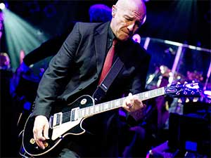 Midge Ure rocks out… for a change