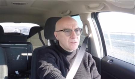 Midge Ure driving in North America, obviously…