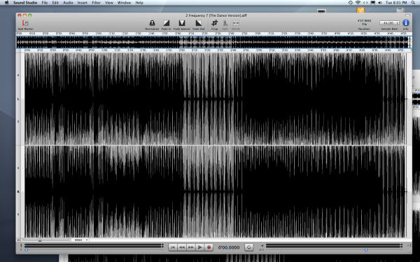 "The waveform of the version on the ""Frequency 7"" CD-R of 2013"